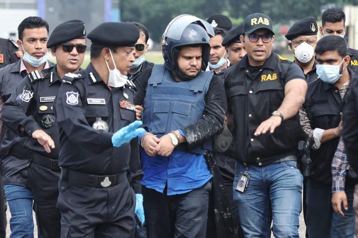 Le Bangladesh arrête le propriétaire d'un hôpital