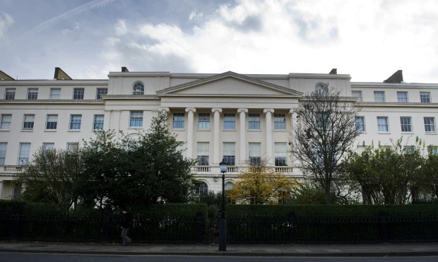 UK?s ?second most expensive mansion? on sale for ?185 million ?(Photos)