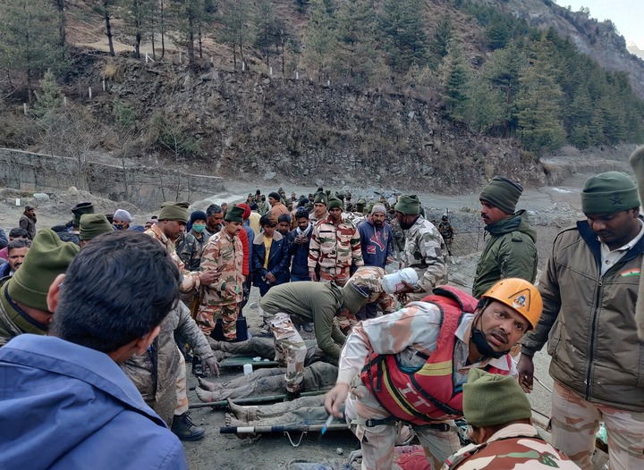 At least 200 people are missing and nine killed after mountain glacier crashed into dam and triggered massive flood in India?(photos)