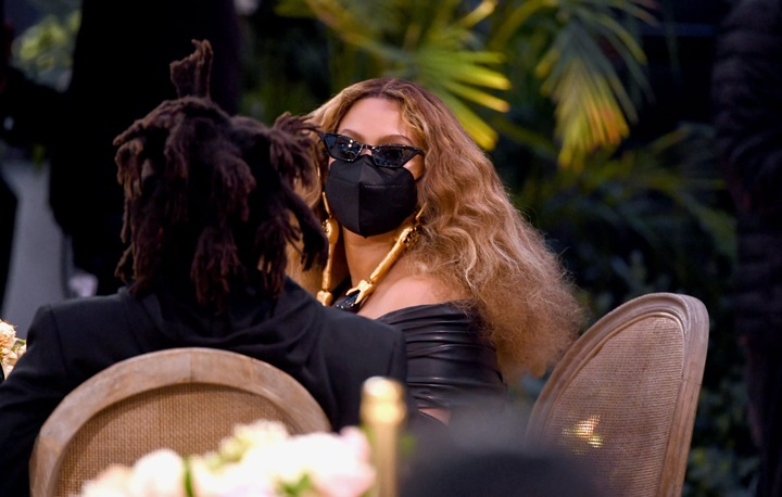 See how Beyonce and Jay-Z dressed for the 63rd Grammy Awards(photos)
