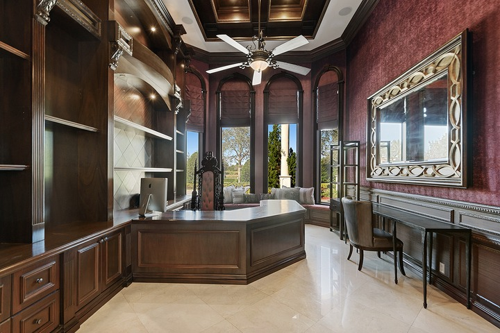 See the new mansion bought by Rick Ross from Amar'e Stoudemire, ex-NBA star for $3.5 Million