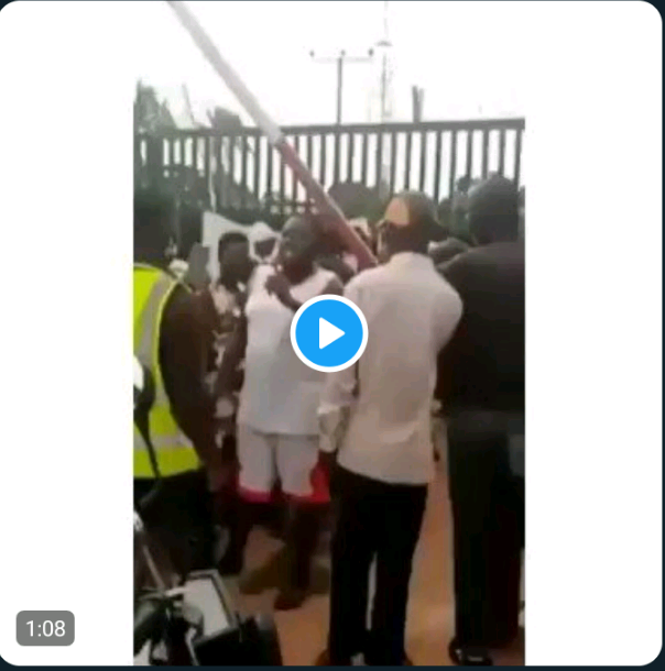 wives of covid-19 patients storm isolation center, demand release of their husbands (video) - a4baecd4ec0ffa545fb93d4daa37c722 quality uhq resize 720 - Wives of Covid-19 Patients Storm Isolation Center, Demand Release of Their Husbands (Video) wives of covid-19 patients storm isolation center, demand release of their husbands (video) - a4baecd4ec0ffa545fb93d4daa37c722 quality uhq resize 720 - Wives of Covid-19 Patients Storm Isolation Center, Demand Release of Their Husbands (Video)