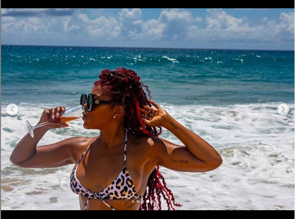 Actress, Taraji P. Henson flaunts her banging body in skimpy swimsuit (photos)