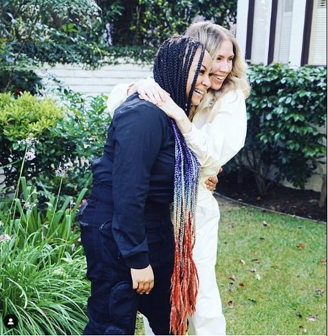 Actress Raven-Symon? marries her girlfriend Miranda Maday at her California home (Photos)