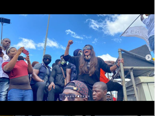 Actress,?Angela Okorie leads #Endpolicebrutality protest in Ebonyi (photos)