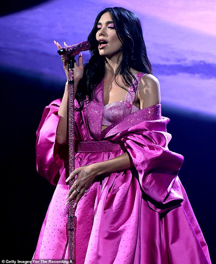 Singer, Dua Lipa strips down to her lingerie during racy performance at the 63rd Annual Grammy Awards (Photos)