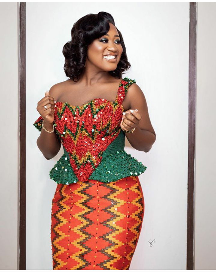 50 Attractive African-Inspired Kente Designs That Will Help You Glow At Regular Occasions. 9