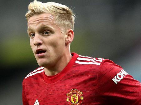 Van de Beek gives honest assessment of United's attacking stars
