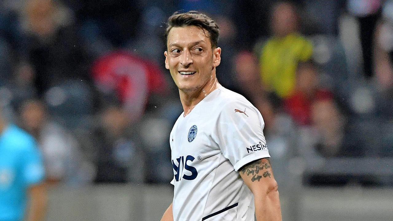 Özil für Istanbul gegen Eintracht Frankfurt: Diese Wunde schließt sich nicht