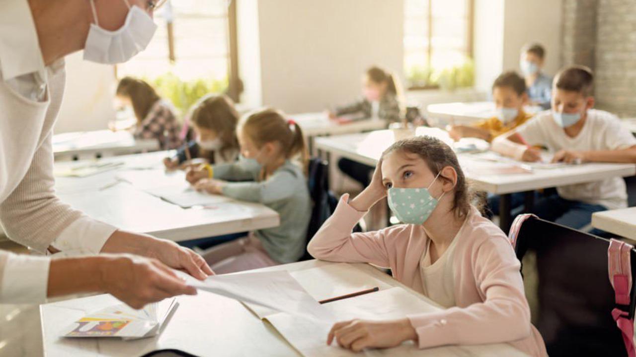Rentrée scolaire: comment préparer les enfants à porter le masque toute la journée?