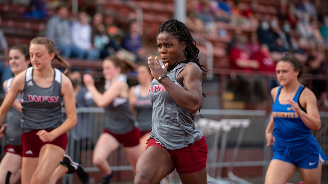 2A Track and Field: Starr and Hoff Propel Bearcats