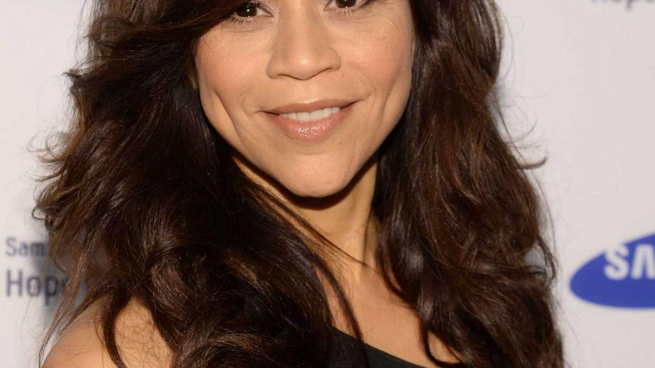 Rosie Perez: Cuomo's apology 'an admission of guilt'