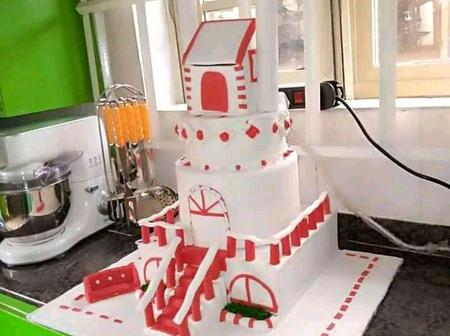 Take a look at Semi Castle Wedding Cake this Young Nigerian Baker Made
