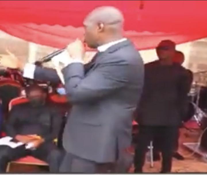 01cc96aa8a2056dc36aba6ab62e5e651?quality=uhq&resize=720 - Sad Photos From Musician Sampson's Final Burial Ceremony. Prophet Kofi Oduro Pays His Last Tribute