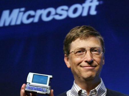 Quel smartphone Bill Gates et Elon Musk utilisent-ils ?