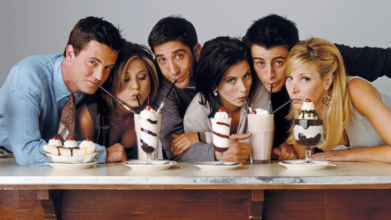 'Friends' Alum David Schwimmer Shares Major HBO Max Reunion Update