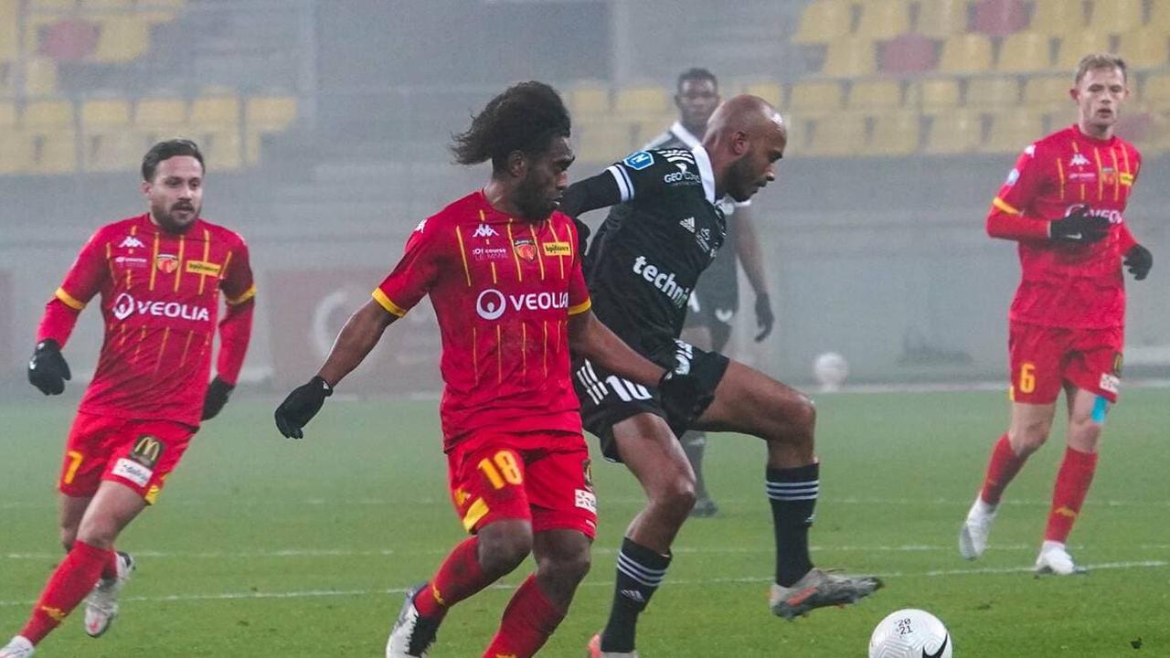Football. US Concarneau : Gope-Fenepej signe un an
