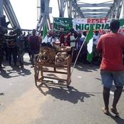 See What Protesters Wrote At Bridge Head Onitsha In Anambra State