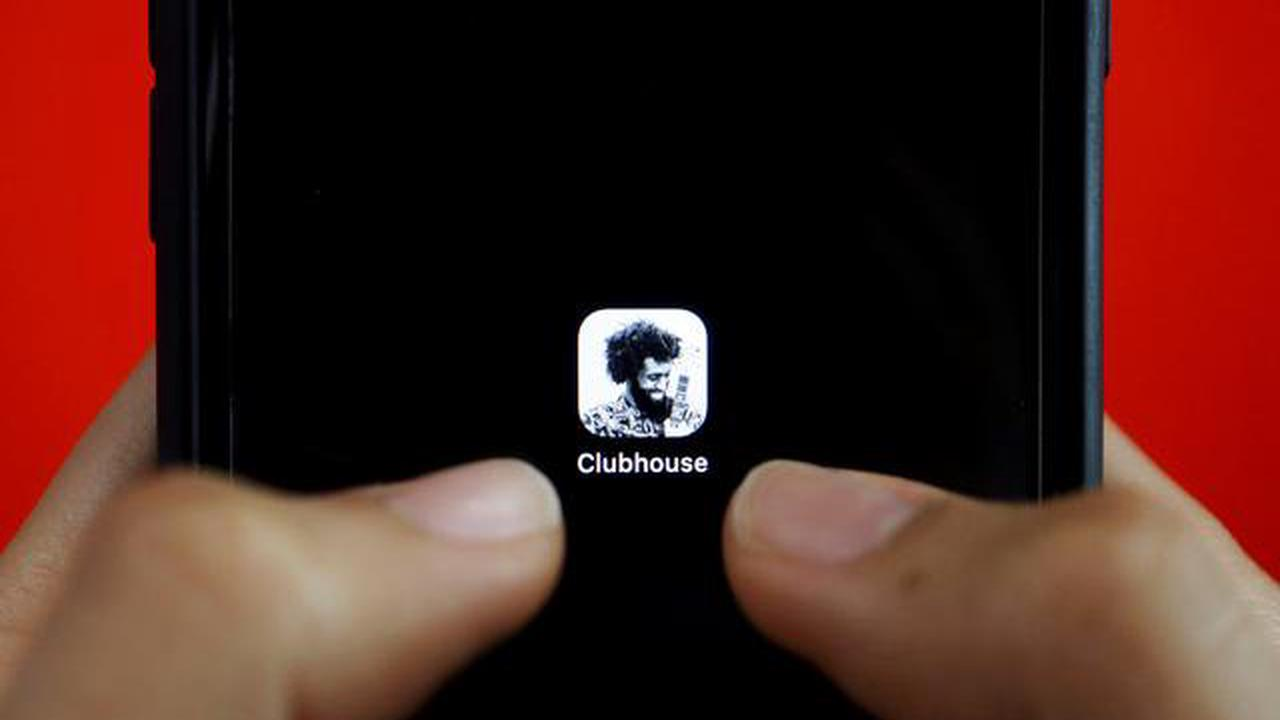 Clubhouse launches Android app as downloads plummet
