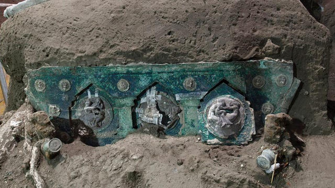 Archaeologists found the 'Lamborghini' of chariots preserved near Pompeii