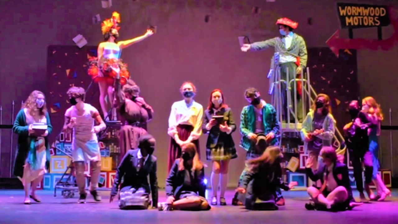 James Clemens 'techies' create atmosphere for 'Matilda the Musical'