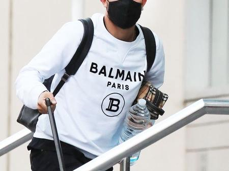 Manchester United New Signing Telles Arrives At Team Hotel In Style.