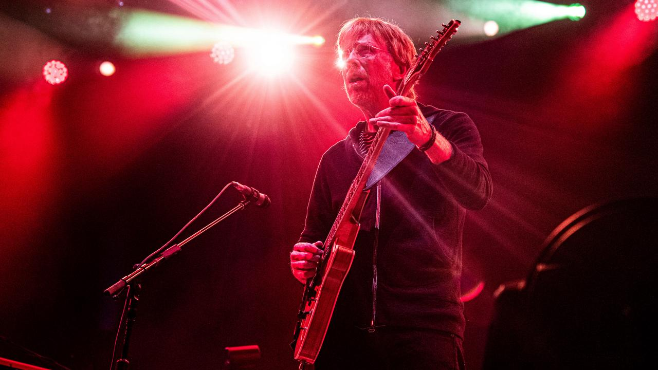 Phish guitarist to found substance abuse treatment center