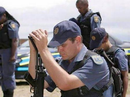 SAPS officer kills colleague in hijack