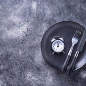 ماذا يحدث لجسمك إذا توقفت عن الأكل لمدة يوم واحد؟