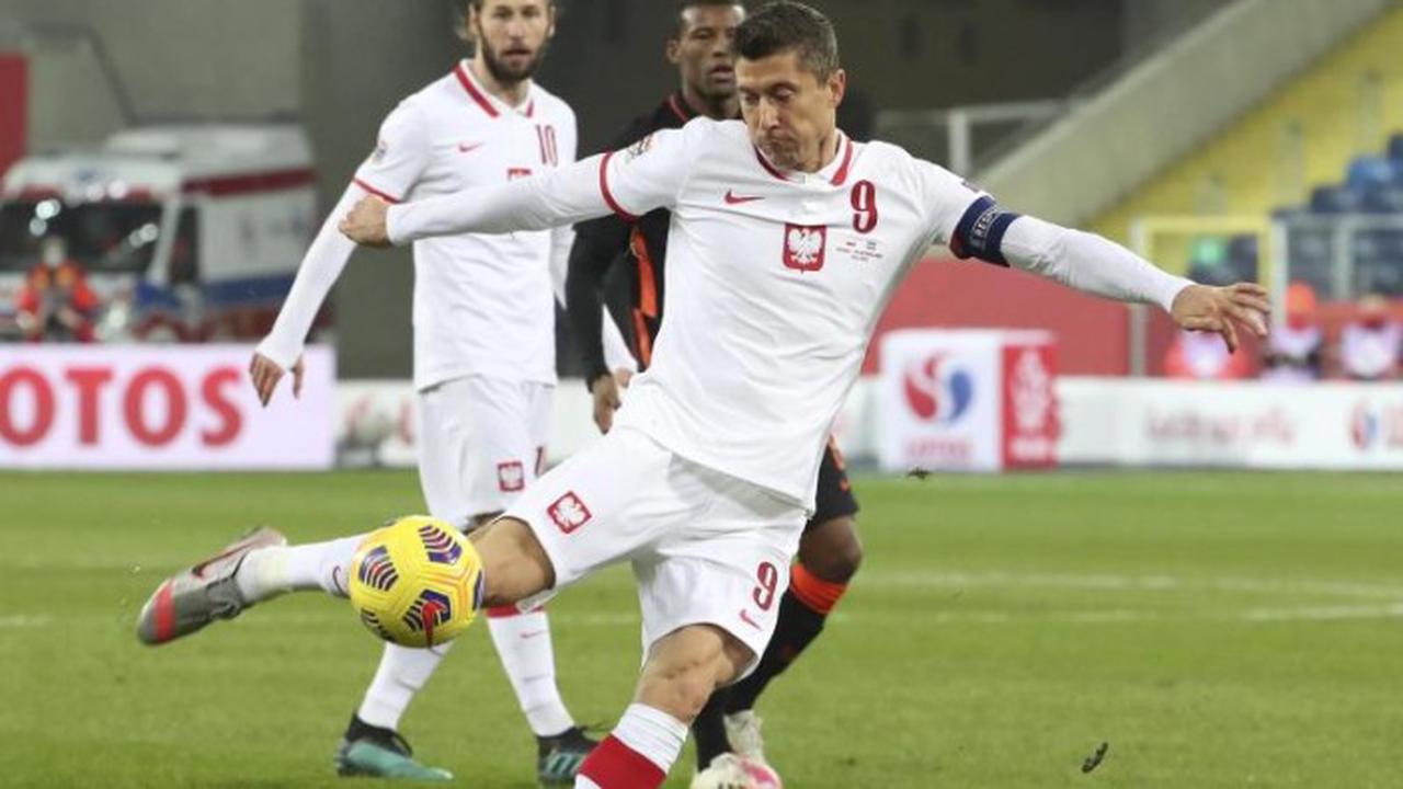 Lewandowski mit Polen gegen Island nur 2:2
