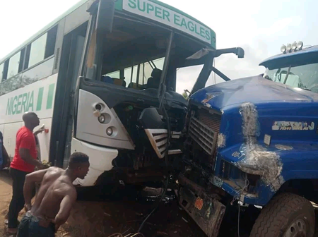 Players and officials from the Akwa United football team were involved in an accident in Enugu.