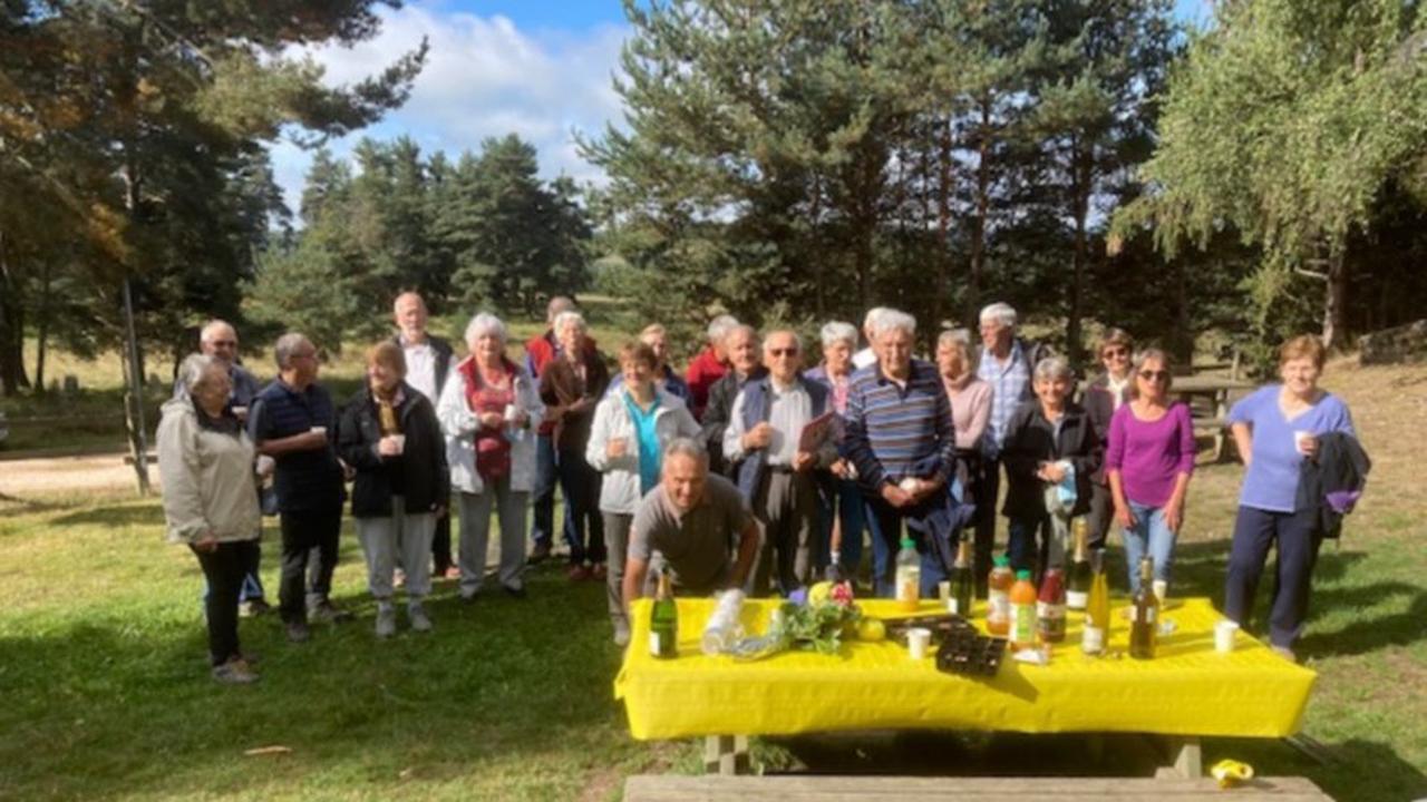 Lucien a fêté ses 90 ans avec ses amis du club
