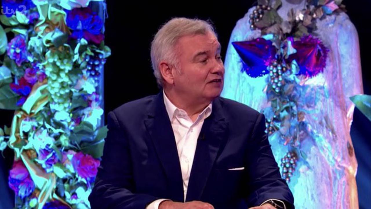 Eamonn Holmes blames wife Ruth Langsford over chronic pain battle in cheeky quip