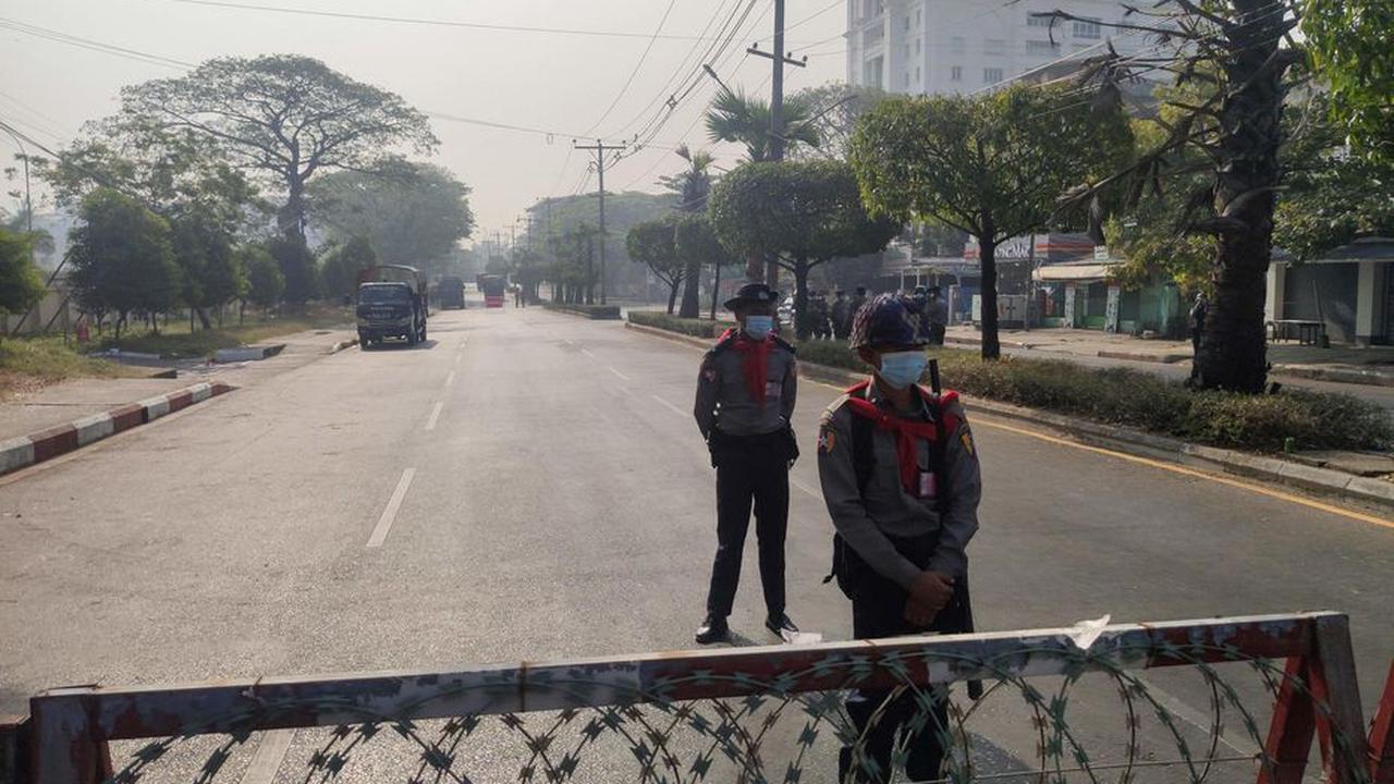 Birmanie : deuxième nuit sans électricité, la répression se poursuit contre les manifestants