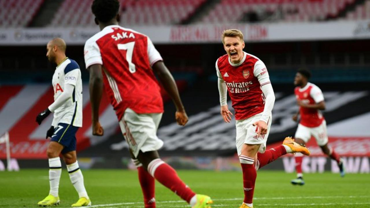 Real Madrid manager hold talks with Arsenal transfer target