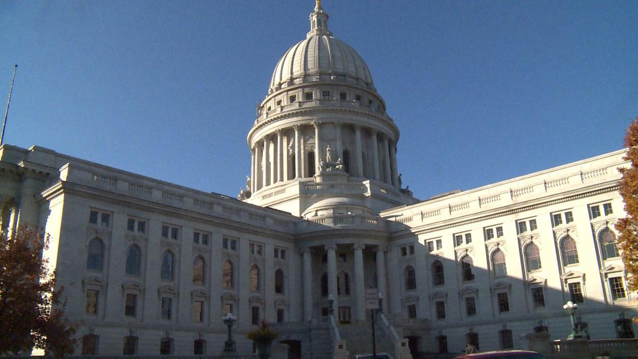 Man arrested after reportedly driving his car up the stairs of the Wisconsin State Capitol building