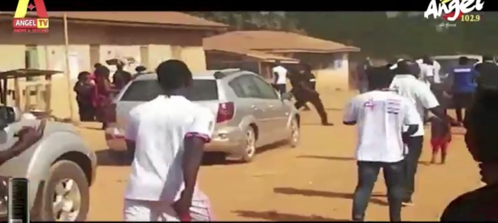 08725f69711c6b86b47c441c500a541d?quality=uhq&resize=720 - Another NPP MP Sacked With Brooms By Angry Residents After He Went To Campaign Today
