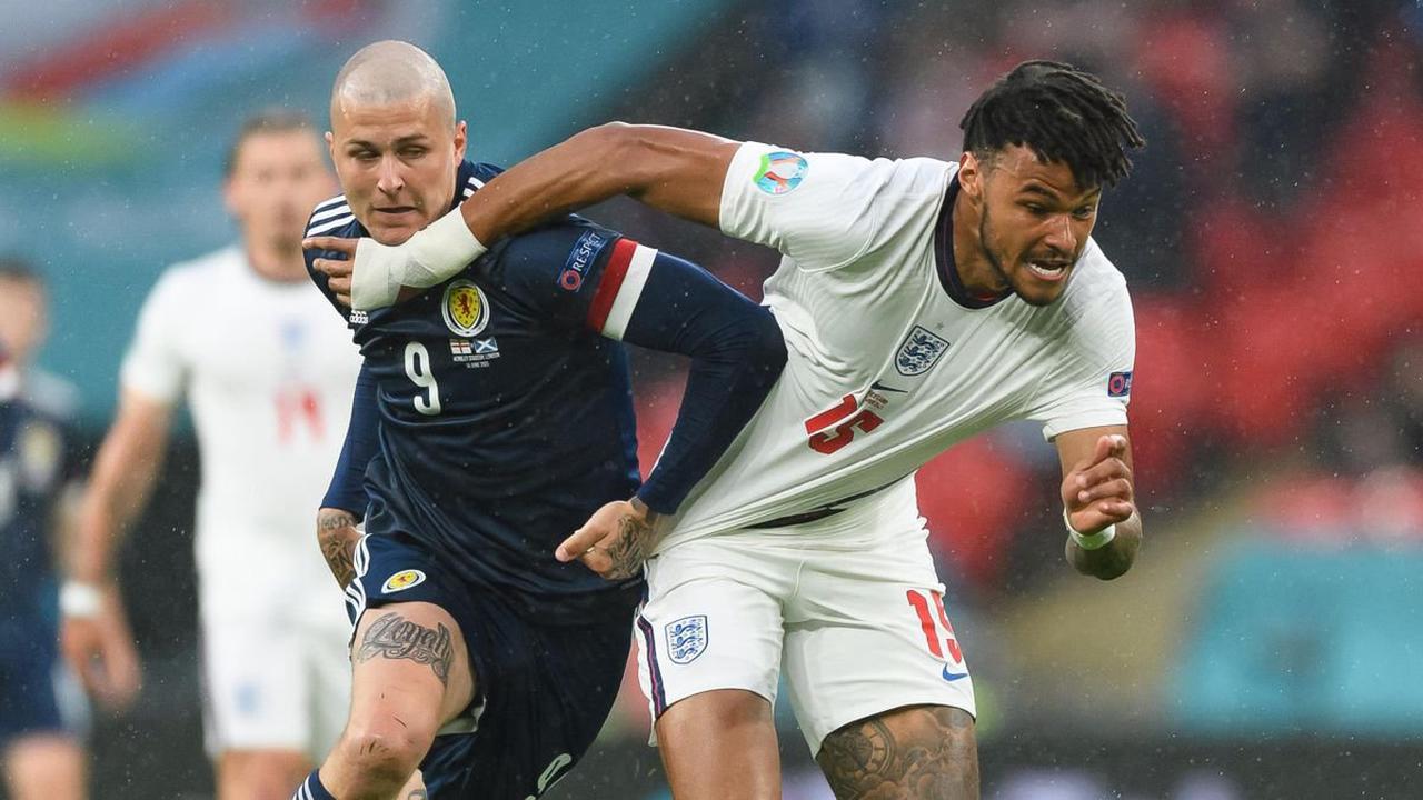 Football news - 'My mental health plummeted'