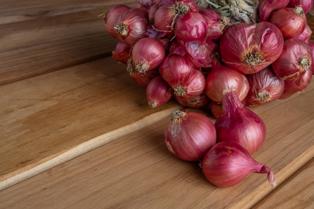 Why Onions and Garlic May Not Be Good For You.