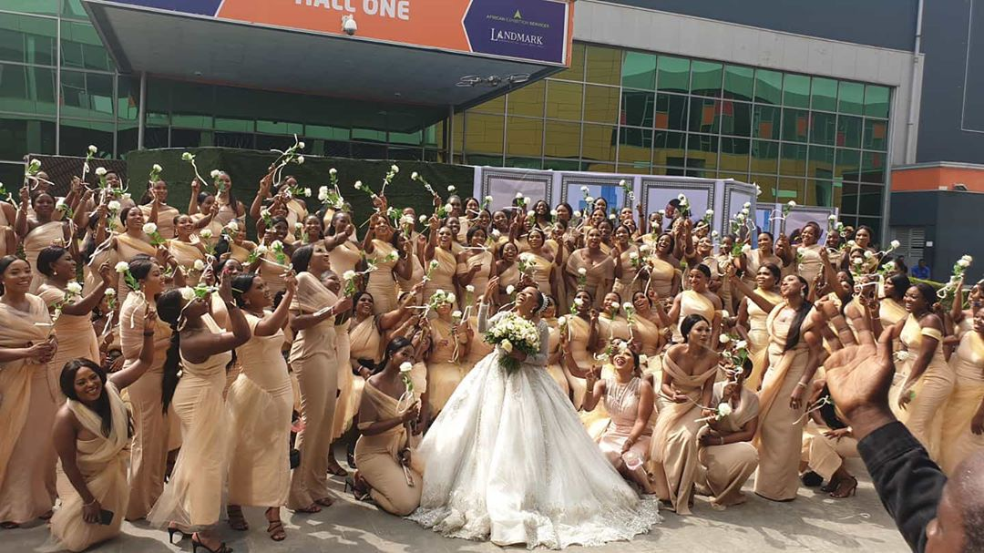 Sandra Ikeji breaks world record of over 200 bridesmaid at her wedding (Video)