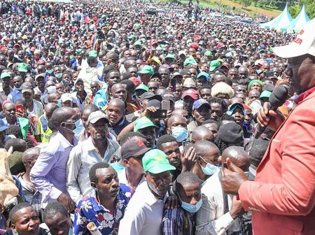DP Ruto Is Surely A President In Waiting; See The Large Crowds Which Received Him Today