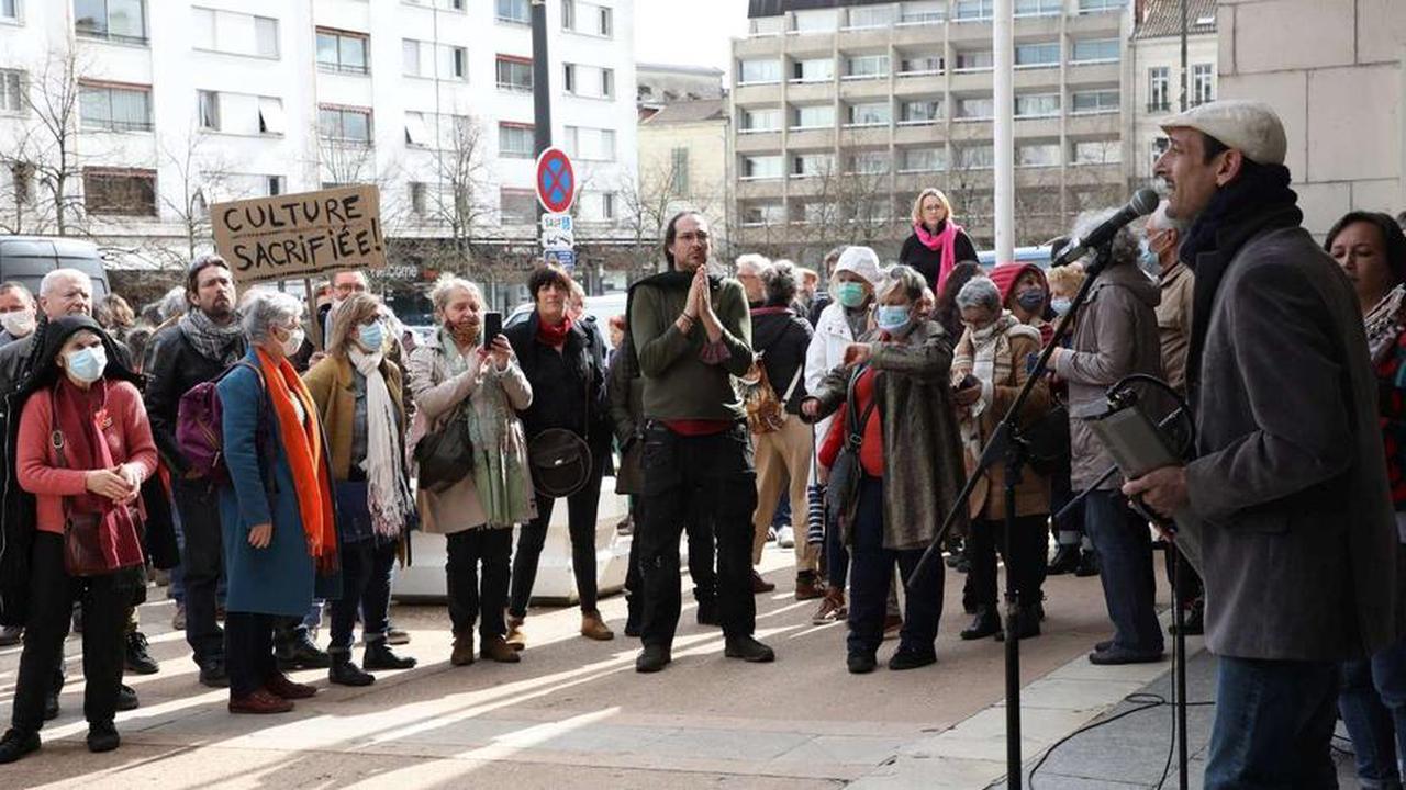 Dordogne: le Théâtre de Périgueux occupé à son tour