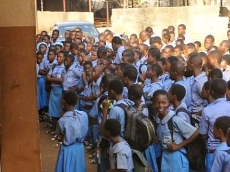 Federal government clears doubt on school resumption date.