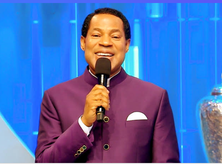 Oyakhilome wife chris pastor new Pastor Chris