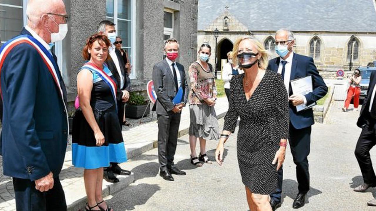 Finistère. En visite, la ministre Sophie Cluzel annonce une campagne de sensibilisation au handicap