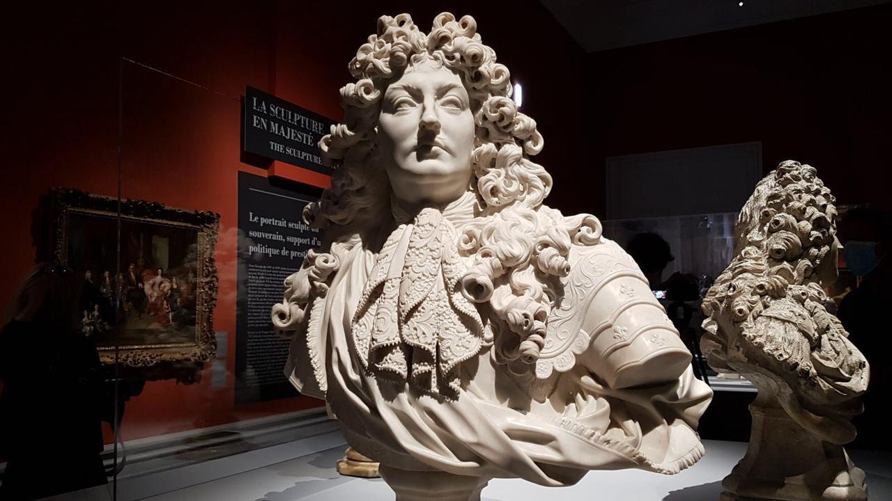 La sculpture se découvre avec la collaboration du musée du Louvre