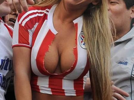 15 photos of curvy and beautiful football fans