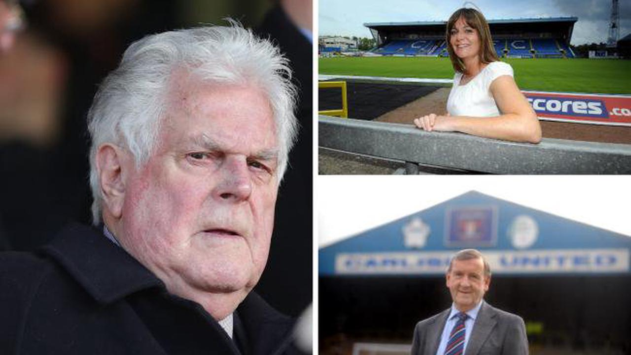 Long service of Carlisle United trio recognised with awards from EFL