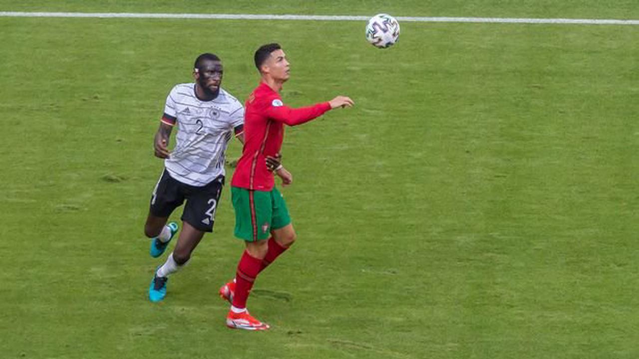 "Cristiano Ronaldo branded a ""fool"" after ""belittling"" Antonio Rudiger"
