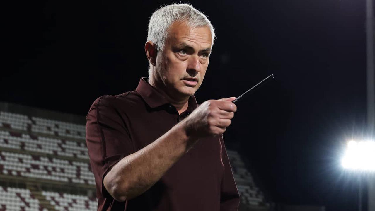 Mourinho spots Man Utd opening to exploit ahead of January move